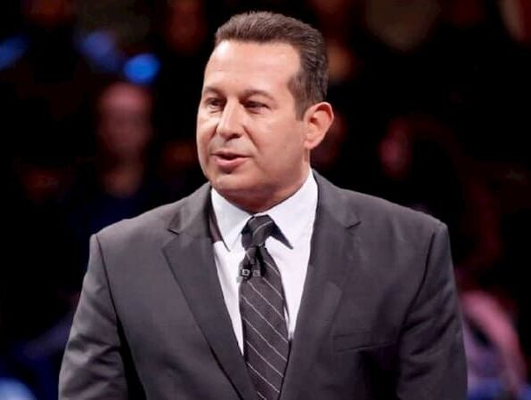 A photo of Jose Baez