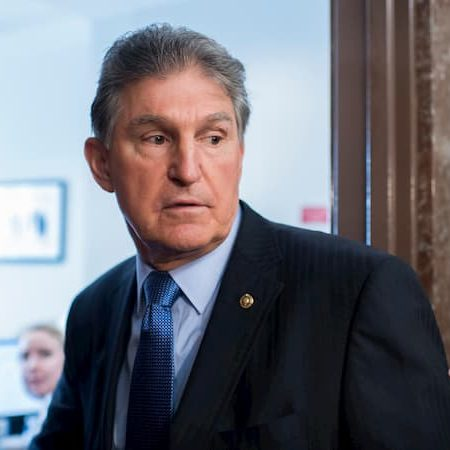 A photo of Joe Manchin