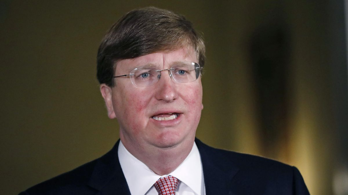A Photo of Tate Reeves